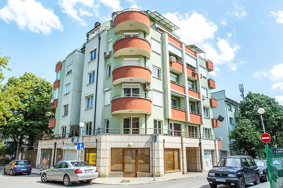 Жилищна сграда ул. Галичица 44