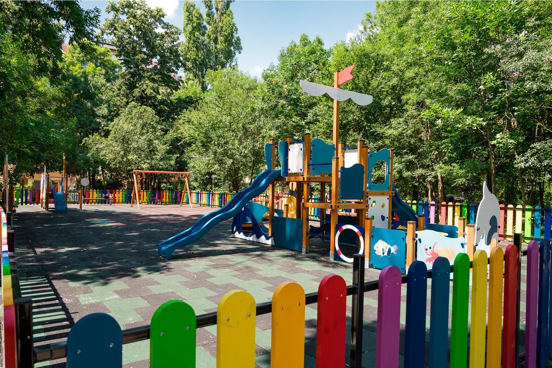 Детска площадка в кв. Лозенец